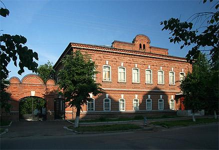 Старые дома йошкар олы памятники зеленодольск купить памятник фото барнауле