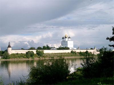Кремль из Завеличья. Фото:   Ярослав Блантер