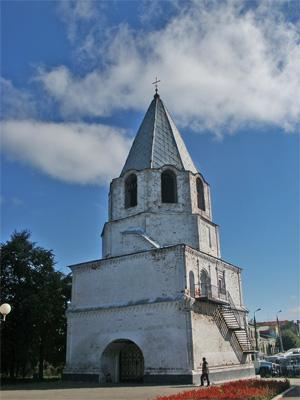 Спасская башня Сызранского кремля (1683).     Фото: Олег Манаенков