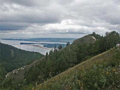 Вид с горы Стрельной.         Фото: Олег Манаенков